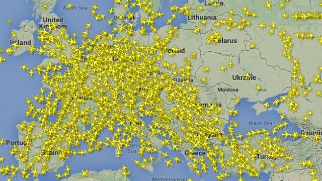 Spatiul aerian ucrainian la cateva ore dupa prabusirea cursei Malaysian Airlines